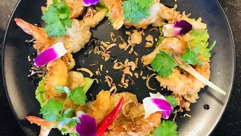 Thai Shrimp and Oyster Mushroom Salad