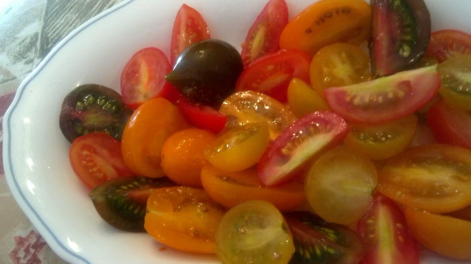 Tomatitos aliñados