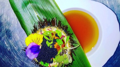 Sea urchin with dashi soup