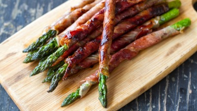 Prosciutto wrapped asparagus 2 nt