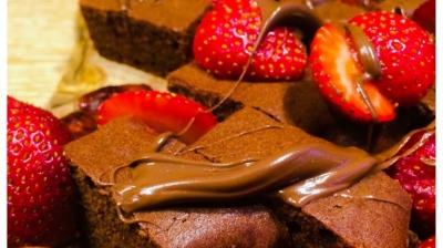 Strawberrychocolateanddatepudding