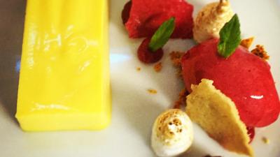 Lemon meringue and rasberry