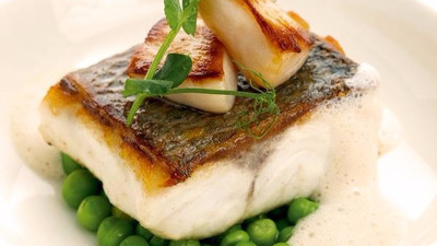 Cod with Scallops and Peas