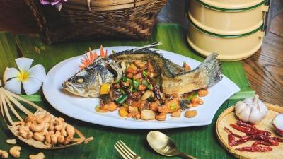 ปลาผัดเม็ดมะม่วง