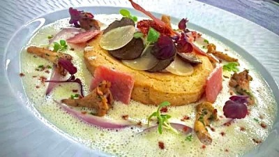 Oeuf champêtre truffe girolles parmesan pata negra