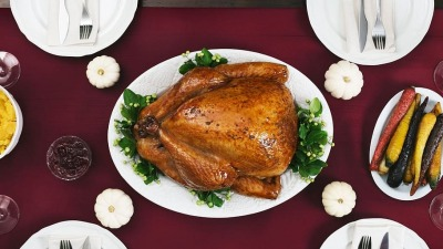 Ood thanksgiving dinner table