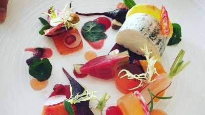 Goat cheese & beetroot