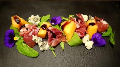 Prosciutto Melon & Gorgonzola salad