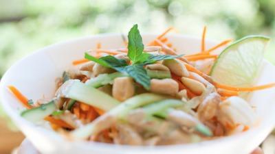 Allyouneedisveg Vegan Retreat Chef Yuki Jung Raw Pad Thai