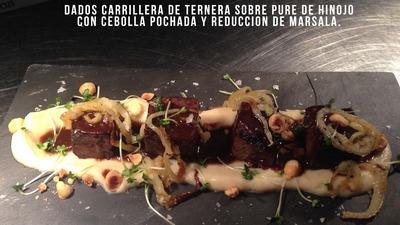 Os carrillera de ternera sobre pure de hinojo con cebolla pochada y reduccion de marsala