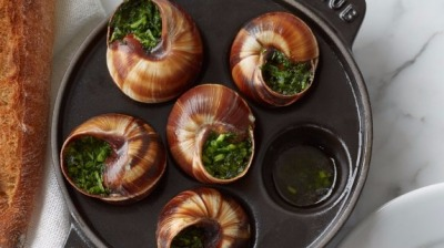 Staub cast iron escargot dish with 6 holes c