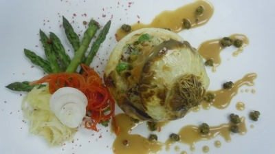 Stuffed onions beef pie with Cheshires cheese & Green peppercorn sauce