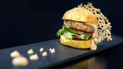 Arabic Burguer con Pan de Curry