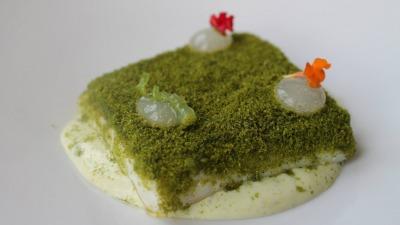 Pescadilla en salsa verde y gelee de lima