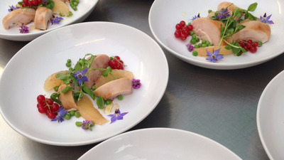 SMOKED CHICKEN REDCURRANT HERBS