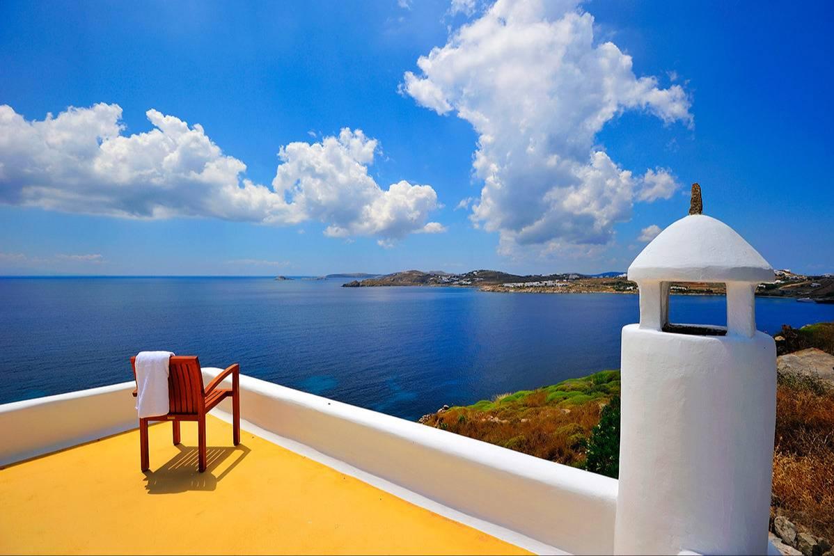 Amazing views of Agios Lazaros - Take a Chef
