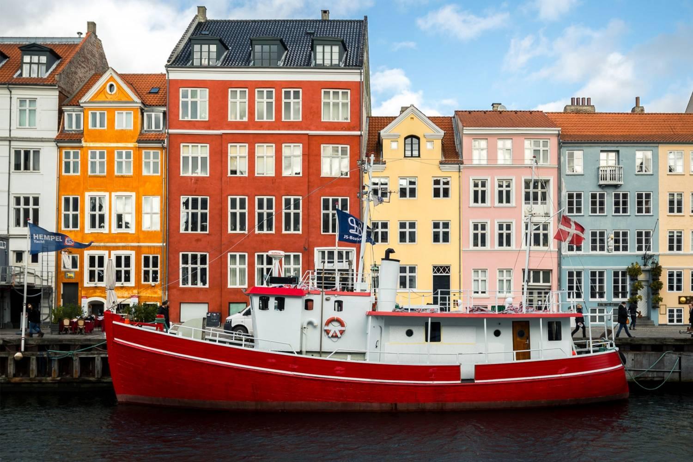 Boat tours through Copenhagen - Take a Chef