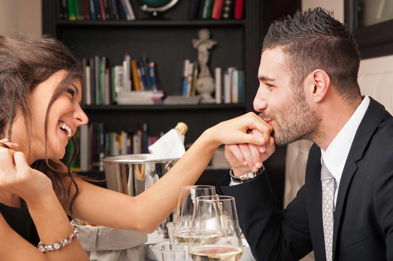 Cena Romantica Cádiz, Cena San Valentín Cádiz, Noche Romántica Cádiz, Cena Romantica en Cádiz, Cenas Romanticas en Cádiz, Cena San Valentín en Cádiz- Takeachef.com