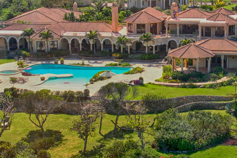 Stunning Villa Castellamonte -Take a Chef