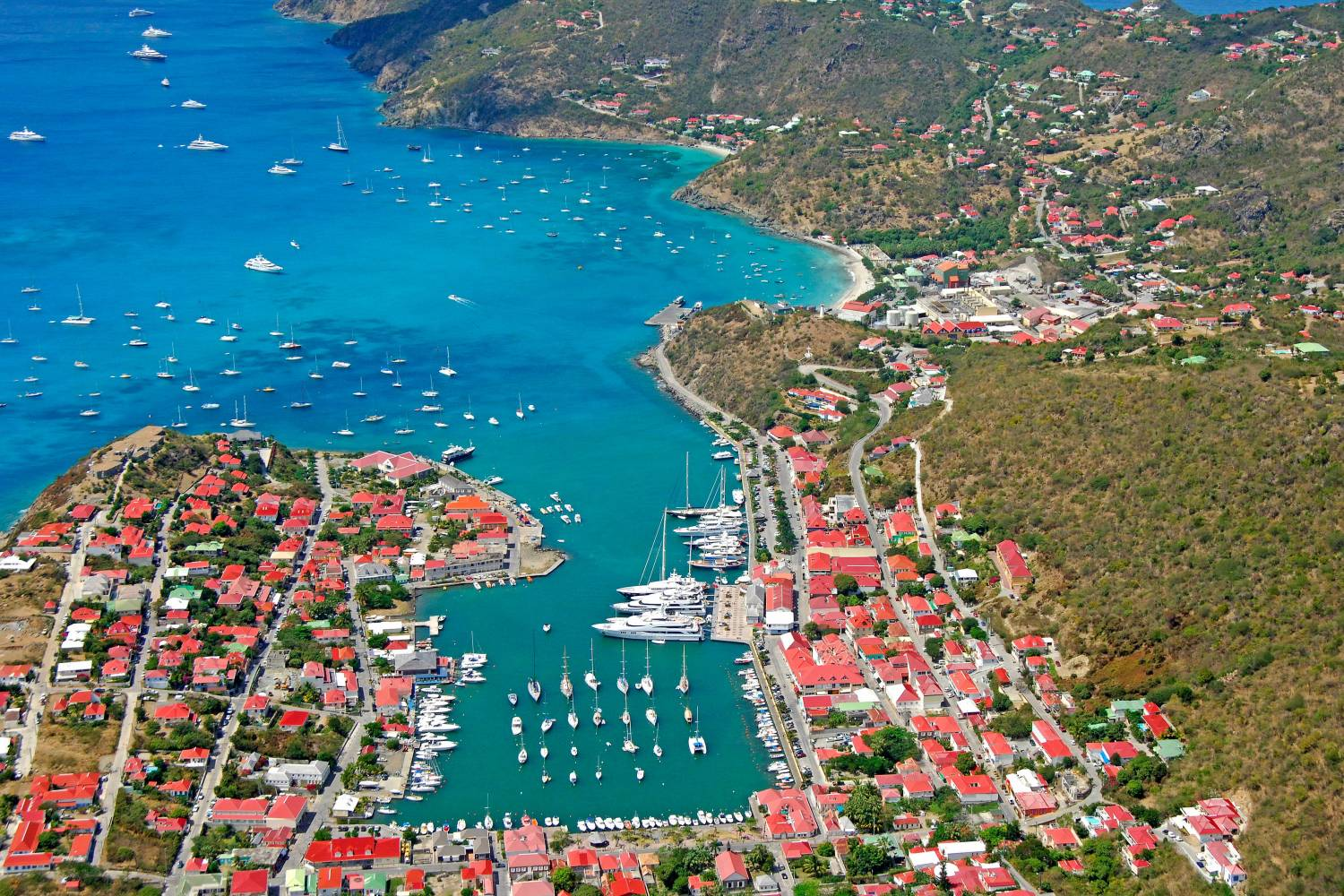 Gustavia with delights beneath the surface - Take a Chef