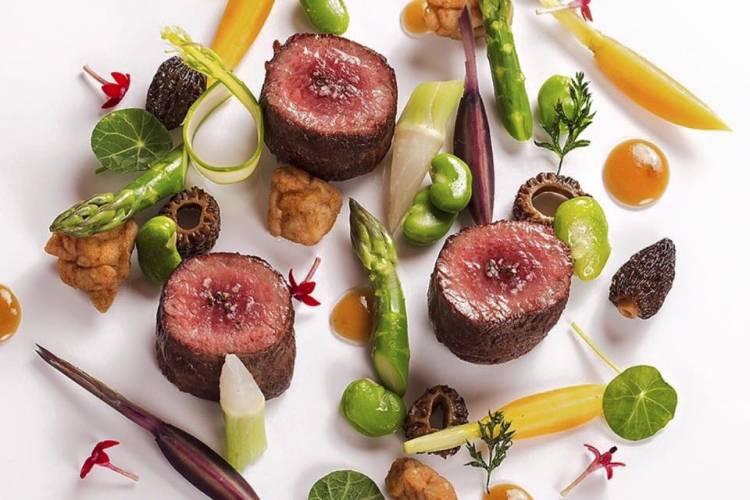 Un menú propio de Estrella Michelín puede viajar hasta tu casa gracias a un Chef a Domicilio de Take a Chef - Takeachef.com