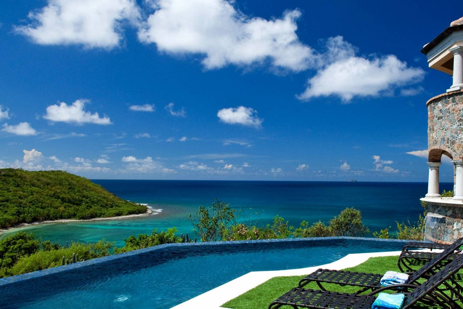 Enjoy every second of Coral Bay, St. John. Book a Private Chef for the ultimate dinning experience, header