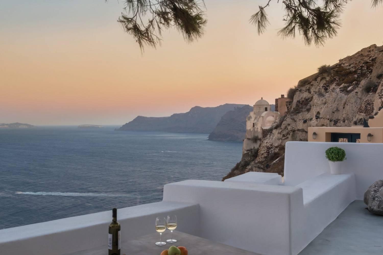 Private chef service in Megalochori, Santorini header