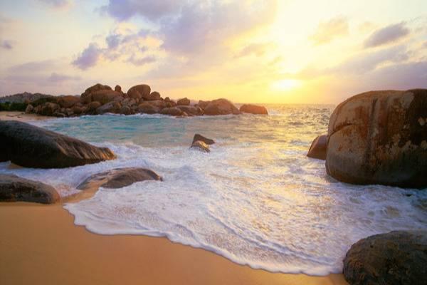 Beautiful views of The Baths´s beach - Take a Chef