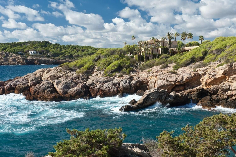 Blue sea of Roca Llisa - Take a Chef