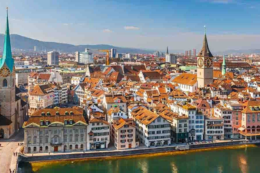 Nice view over Zurich - Take a Chef