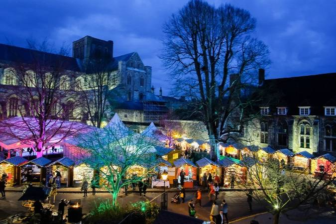 Beautiful views of Norwich market - Take a Chef