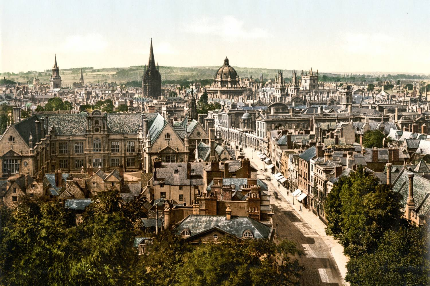 Areal view of Oxford - Take a Chef