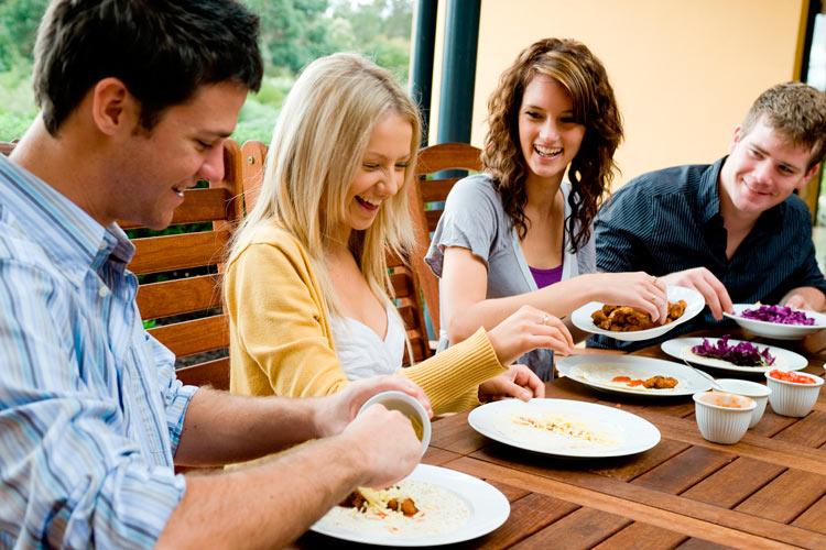 Disfruta de un Cocinero a Domicilio profesional en tu casa - Takeachef.com