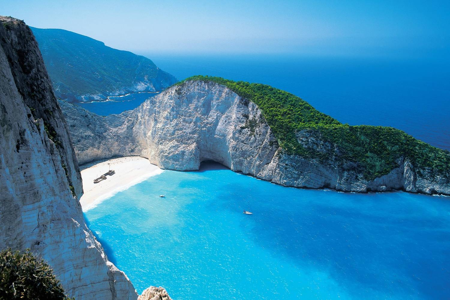 One of the most iconic spots in Akrotiri Zakynthos.- Take a Chef