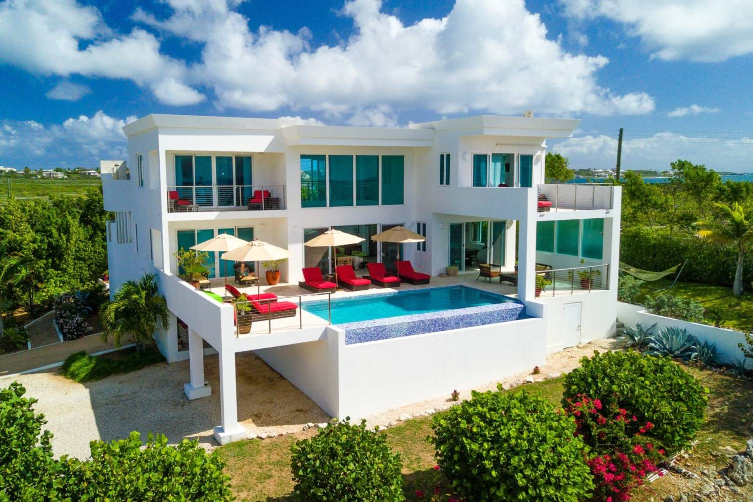 Looking for an special way to celebrate any occassion? Treat yourself to a Private Chef anywhere in Long Bay, Anguilla, header