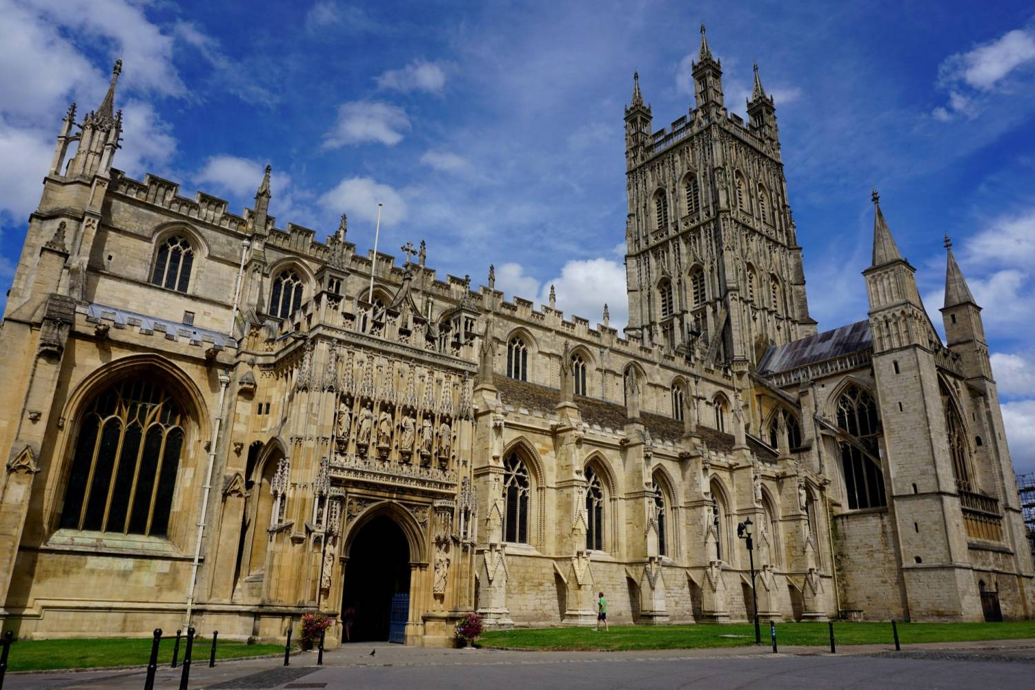 Gloucester Cathedral - Take a Chef