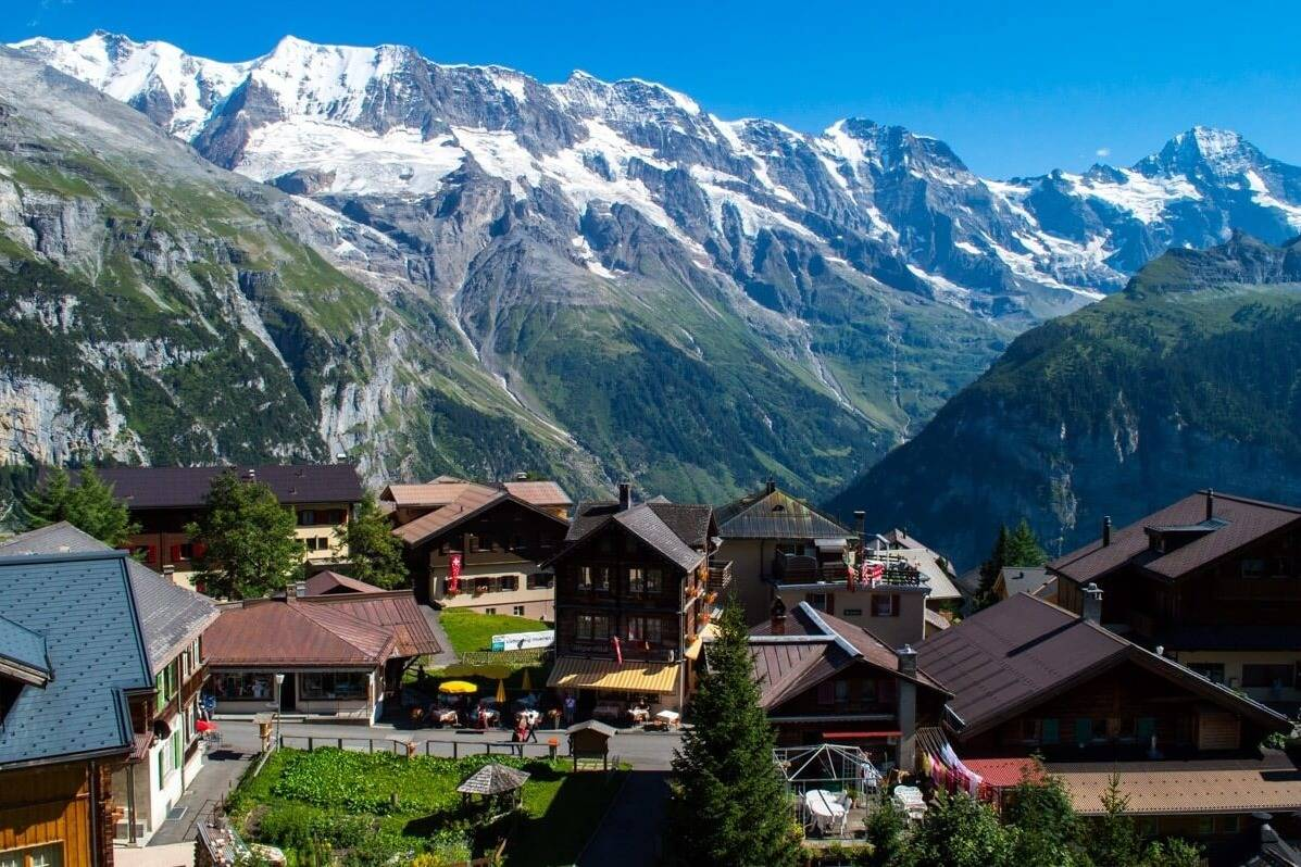 Amazing views of Swiss Alps - Take a Chef