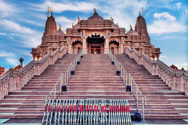 Exterior view of the BAPS Shri Swaminarayan Mandir, Chino Hills